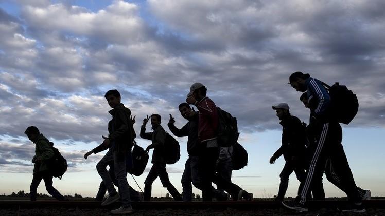 سوريون يدفعون المال لقاء العودة من ألمانيا إلى تركيا