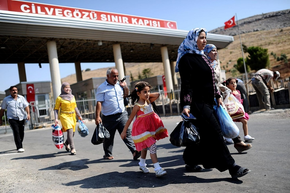 أبرز المعتقدات والشائعات الخاطئة عن السوريين في تركيا