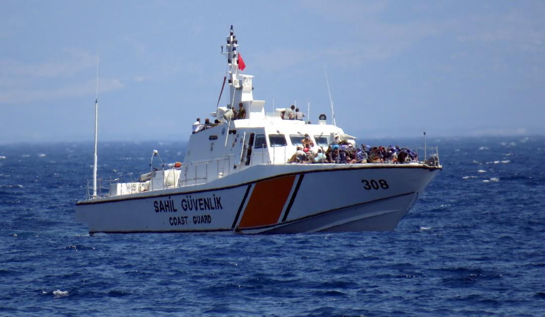 مصرع 9 مهاجرين غرقاً على الشواطئ التركية