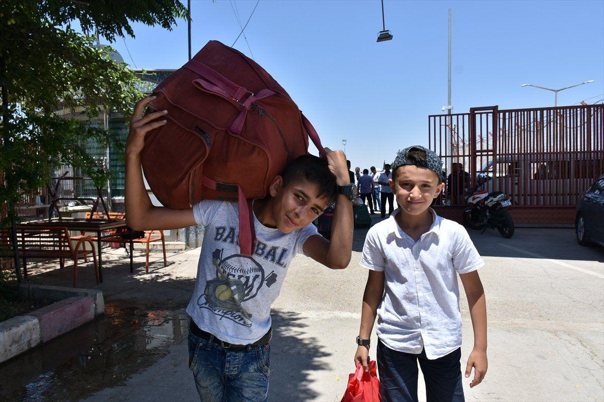 موقع تركي: هل يعود السوريون إلى بلادهم بسبب الأوضاع الاقتصادية؟