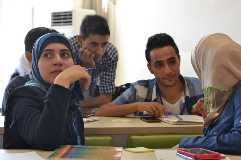 ارتفاع أعداد الطلاب السوريين في تركيا 20 ضعف