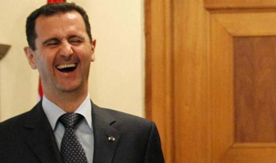 """ابن عم """"بشار الأسد"""" يكيل الشتائم للموالين (فيديو)"""