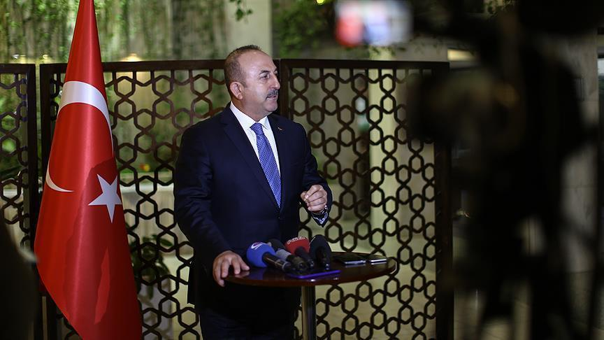 أوغلو: تركيا وأمريكا ستشرفان على انسحاب مقاتلين أكراد من منبج السورية
