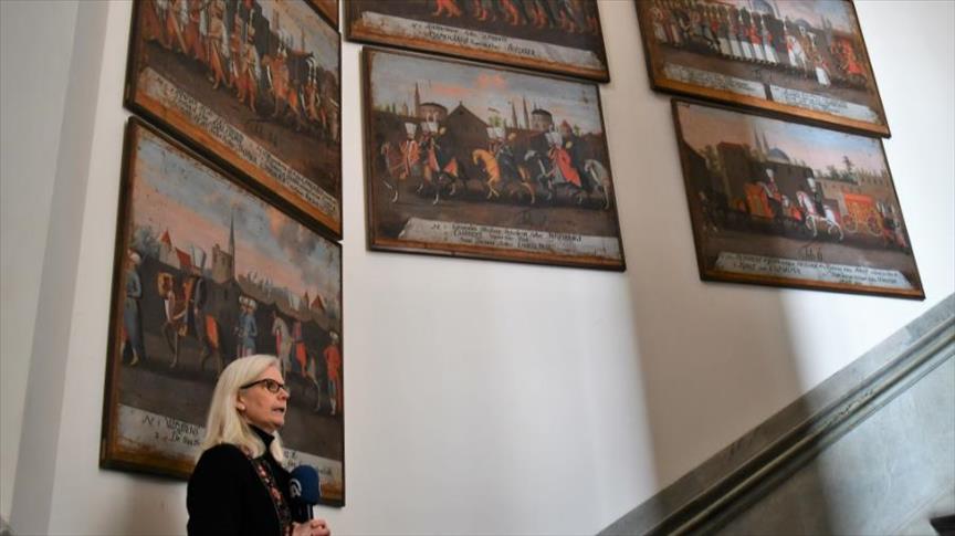 لوحات السلطان محمد الرابع تزين جدران متحف سويدي