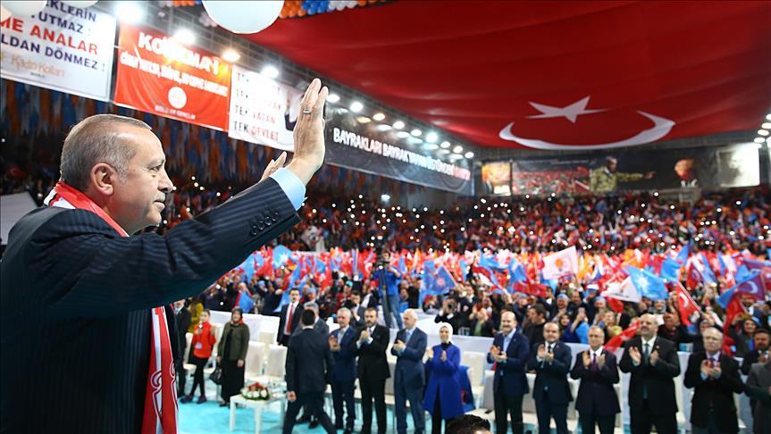أردوغان: تركيا ليست دولة محتلة وإنما تلاحق الإرهابيين المتربصين بها