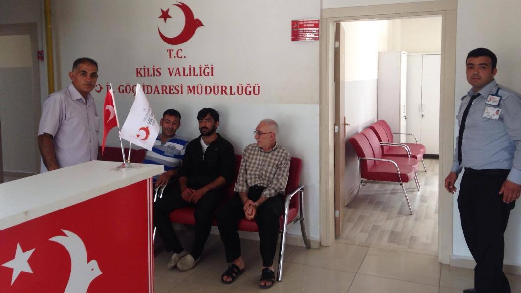 توقف تجديد الاقامات في إسطنبول عبر البريد