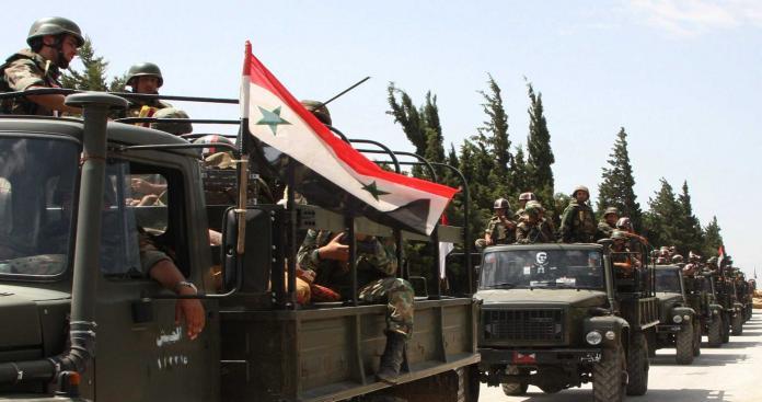 مصفحات عسكرية مدججة بالعناصر في شوارع دمشق .. فماذا الذي يحدث؟ (فيديو)