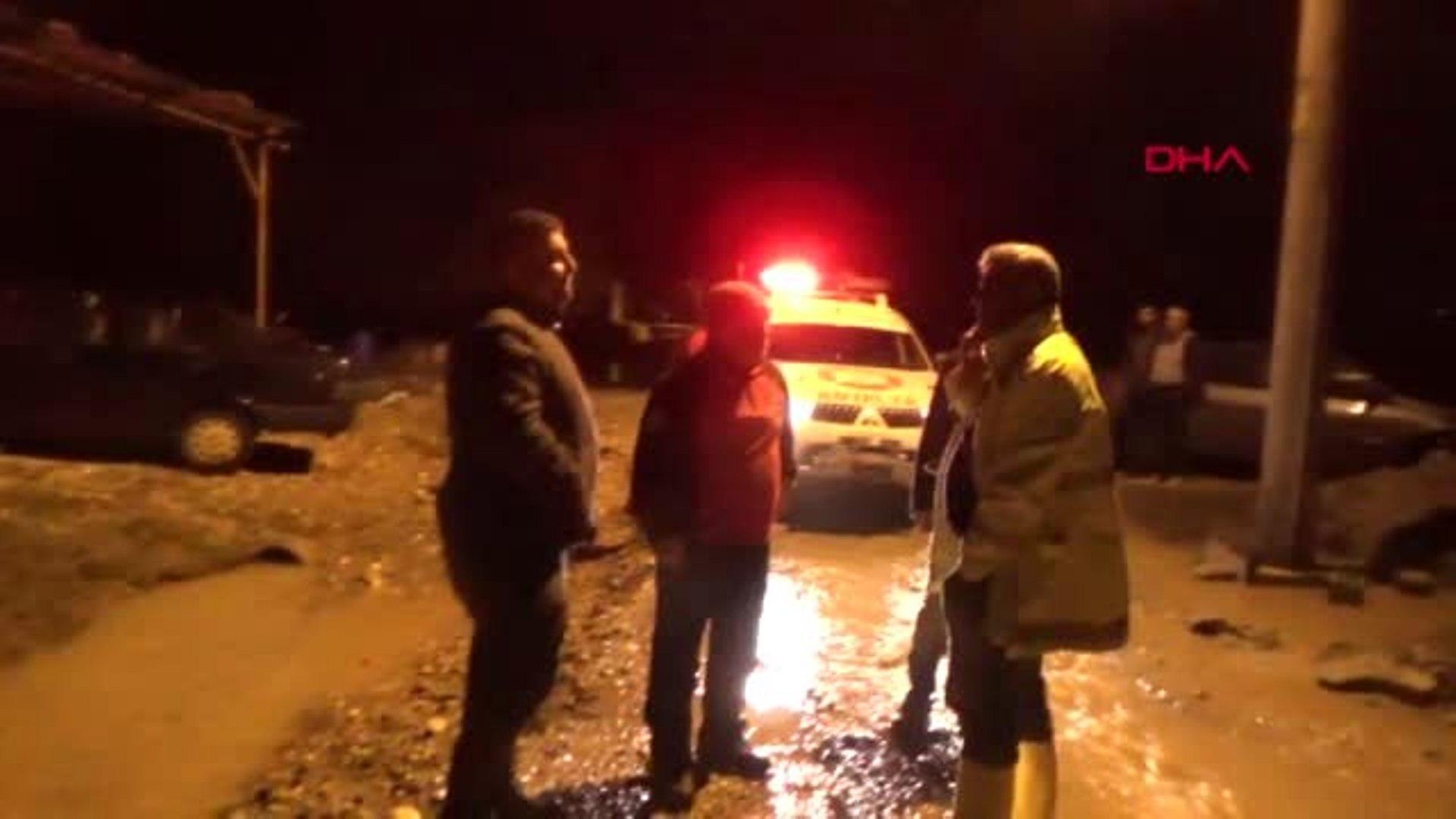 الفيضانات تحاصر 20 سورياً في ولاية أنطاليا جنوب تركيا