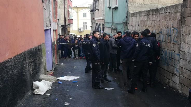 عاجل: الشرطة التركية تستنفر للبحث عن مطلـ.ـوبين بسبب عائلة سورية