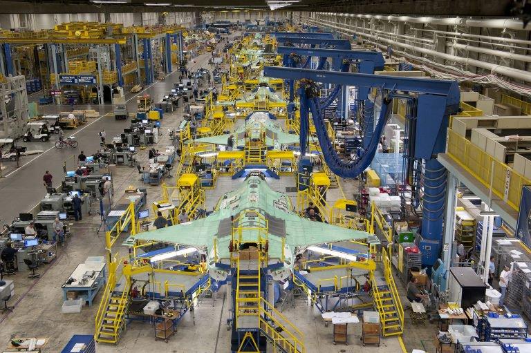 مدير برنامج إف 35 يحذر من استبعاد تركيا من برنامج الإنتاج