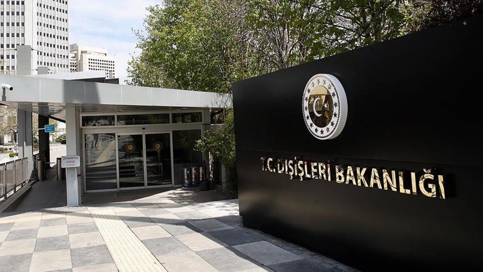 وزارة الخارجية التركية: تركيا ليست مكانا للهجرة ولن تستقبل موجة جديدة من اللاجئين