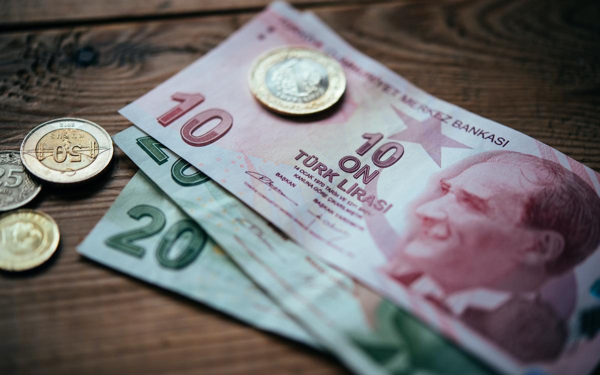 آخر أسعار صرف العملات والذهب في تركيا ليوم الأربعاء