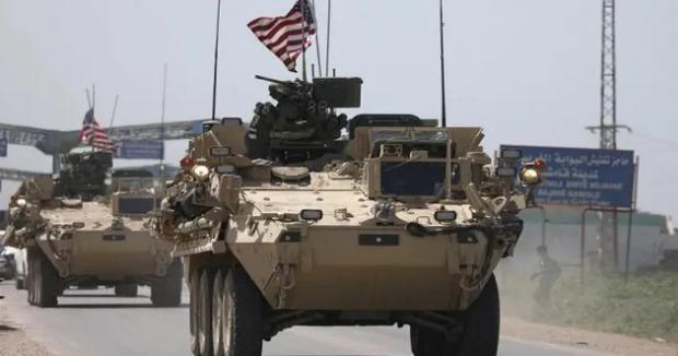 """في حقول النفط الخاضعة لميليـ.ـشيا """"قسد"""" … القوات الأمريكية تدفع بدورياتها جنوبي الحسكة"""