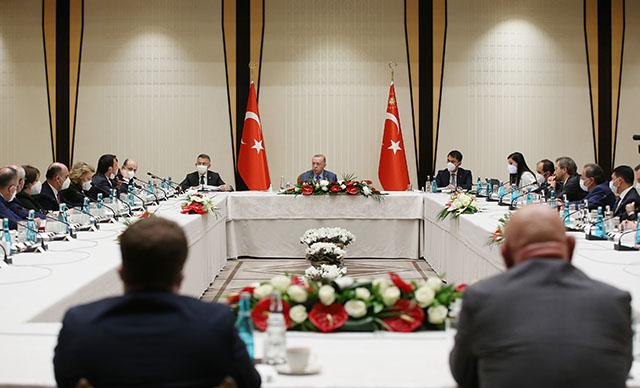 برئاسة أردوغان تم عقد اجتماع لحل مشكلة صمغ البحر ..وهذه أبرز التصريحات