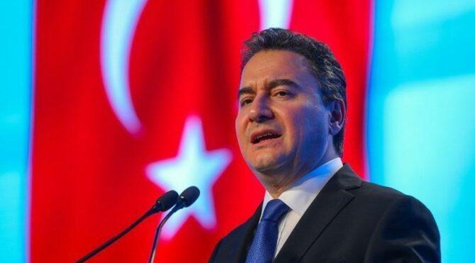 رئيس حزب الديمقراطية والتقدم التركي: المعارضة تقول بأنها سترسل اللاجئين السوريين إلى بلادهم ولكنها لن تفعل لهذه الأسباب!!
