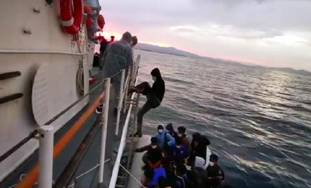 إنقاذ 54 مهاجرا غير شرعي قبالة باليكسير