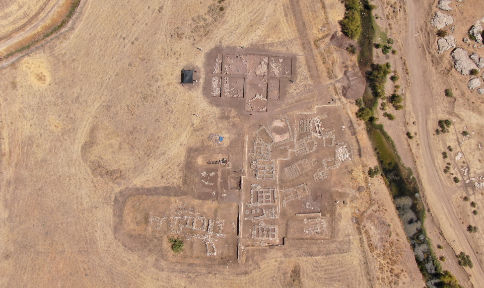 العثور على قبر عمره 5000 سنة في ديار بكر (صور)